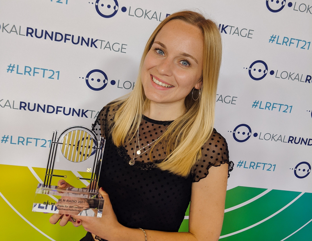 Anna-Sophie Knake mit dem BLM-Nachwuchspreis